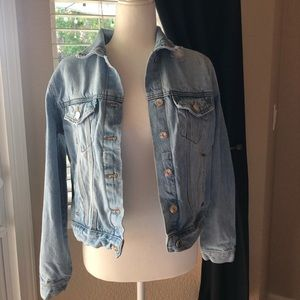 🍒 3 for $30! Forever 21 Distressed Jean Jacket